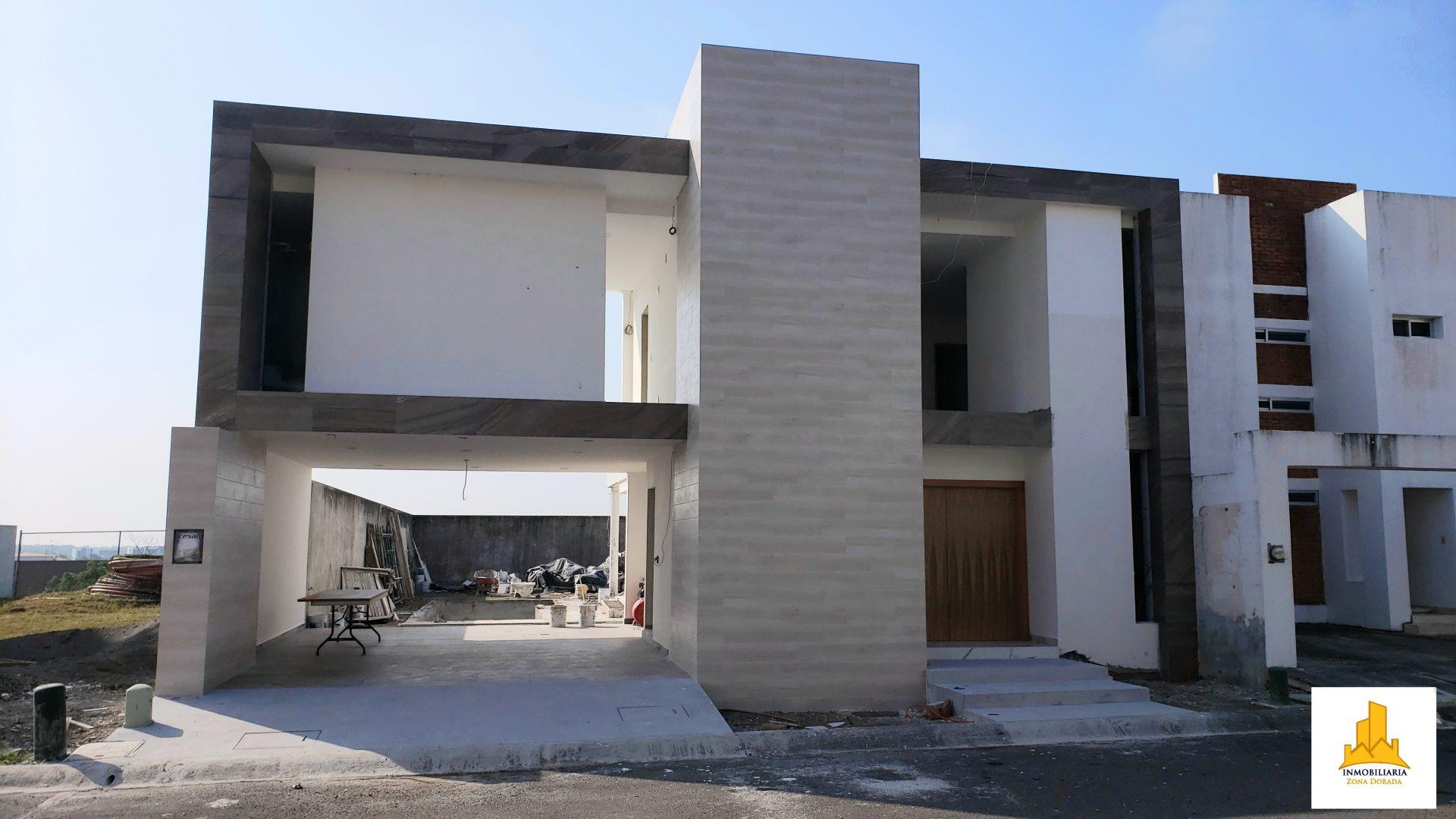 Lomas Residencial 4500